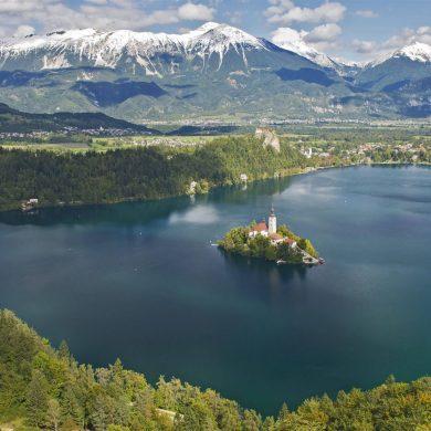 Travel big in 2021 - Galeria River
